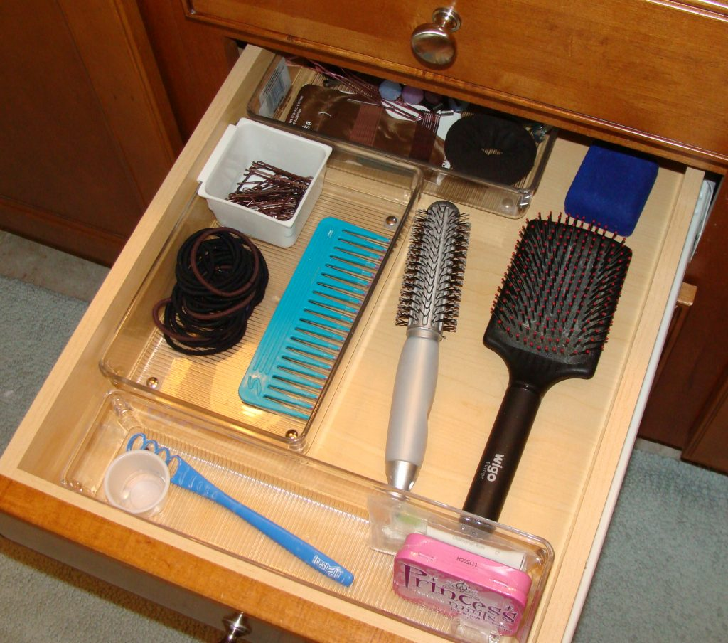 Hair-&-Teeth-Drawer