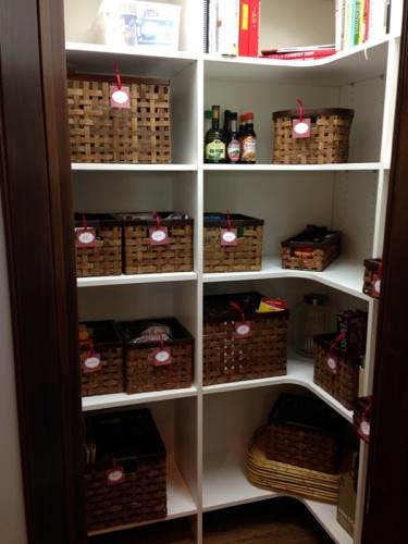 kitchen-pantry-organized-housewife-iowa